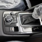 欧州車で採用のコマンダーコントロール